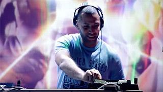 Download رحلات منشئي المحتوى: لماذا يشارك DJ Van موسيقاه على YouTube؟ Video