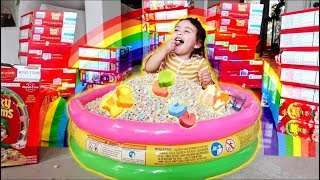 Download MAGICAL LUCKY CHARMS CEREAL POOL!!! (TOO CUTE) Video