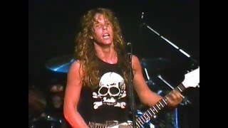 Download Metallica: Whiplash (Live at The Metro - 1983) Video