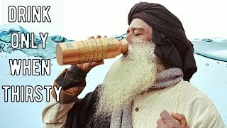 Download Sadhguru - drinking excess water is dangerous, Never do that! Video