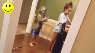 Download Ultimate Funny Scared Reactions #1 | People Got Scared Funny Videos - WM Video