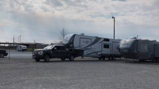 Download 2017 Open Range Roamer 371MBH and a 2017 Ford F-350 Super Duty Get Hooked Up Video
