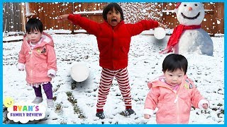 Download Twin babies first time seeing snow with Ryan's Family Review Video
