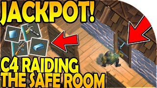Download C4 RAIDING the SAFE ROOM (JACKPOT RAID!) - Last Day On Earth Survival Update 1.8.3 Video