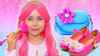 Download Alice Becames a Princess and going to a birthday Video