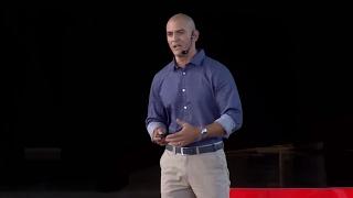 Download Menos para tener más   Donald Vega   TEDxPuraVida Video