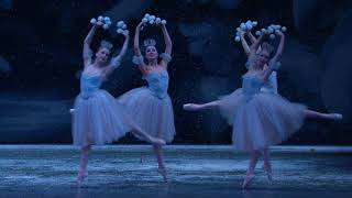 Download George Balanchine's The Nutcracker - Waltz of the Snowflakes Video