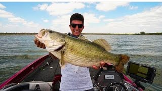 Download Crossing the Mexico Border- Biggest Bass of My Life Video