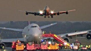 Download Emergency Landing Gatwick Airport, Virgin Atlantic Boeing 747 G-VROM ″Barbarella″ Video