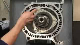 Download 【RE】ロータリーエンジン組み付け真俯瞰、早送りRX-7 13B-REW エンジン組み付け!! Video