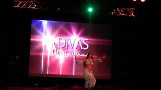 Download Antonella Rodriguez en ″Divas″ 2014 Video
