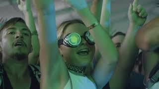Download 2017 ACL Fest Day 2, Weekend 1 Video