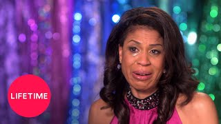 Download Dance Moms: Holly Defends Nia (Season 5 Flashback) | Lifetime Video