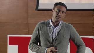 Download El poder de una conversación: Alvaro Gonzalez-Alorda at TEDxSevilla Video
