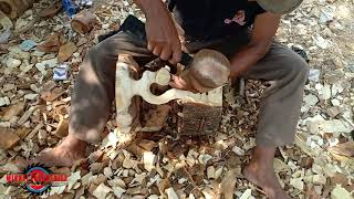 Download WHAT HE DOING WITH THE LOG IS PRETTY COOL Video