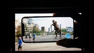 Download Apple shows off breathtaking new augmented reality demos on iPhone 8 Video