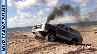 Download SAND DUNE TRUCKS Video