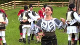 Download Laura Olteanu-Cand ii joc ,ii sarbatoare Video