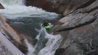Download Rush Sturges breaks paddle and swims at Cherry Bomb Falls Video