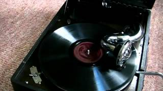 Download In The Mood - Glenn Miller 78 RPM on HMV 102 Video