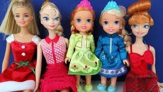 Download CHRISTMAS Celebration ! Elsa & Anna toddlers - Singing Carols - Playing Video