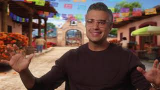 Download Coco Official ″Papá″ Interview with Jaime Camil Video