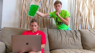 Download SLIME PRANK ON MOM!! (SHE WAS SO MAD) Video