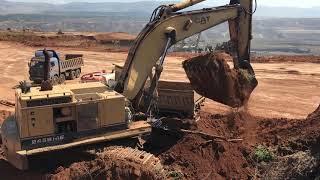 Download Cat 245B Excavator Loading Trucks Video