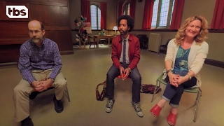 Download 360 Video: People of Earth | How to Catch a Reptilian | TBS Video