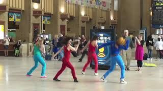 Download Flash Dance Mob at 30th Street Station Philadelphia, PA Video