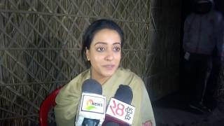 Download Interview of Raima Sen about film Sitara & Mekhliganj Video