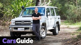 Download Toyota LC76 LandCruiser GXL 70 Series wagon 2017 review | road test video Video