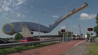 Download Dutch bridge opens - Slauerhoffbrug 3 Video