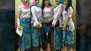 Download 15 Model Baju Muslim Kebaya Modern Kombinasi Brokat Untuk Pakaian Seragam Pernikahan Video