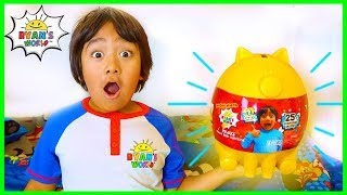 Download Ryan Earns Golden Piggy Bank from Learning To Make His Bed!!! Video
