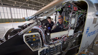Download Can planes fly without fuel? | Inspiring innovators (EN, ES, FR, DA) Video