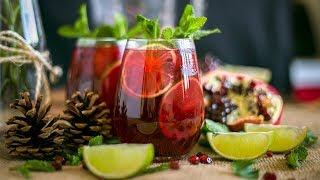 Download WINTER POMEGRANATE MOJITO COCKTAIL w/ Venezuelan Rum - Christmas Drinks Ideas Video