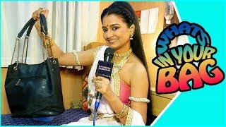 Download Whats In Your Bag With Ekta Labade   Vithu Mauli   Star Pravah   Ekta As Rukmini Video