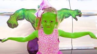 Download Настя и её папа - забавные истории про игрушки Video