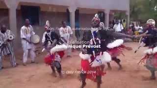 Download La Troupe Warba de Zamsé du Burkina Faso   interview et live Video