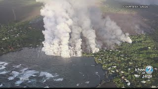 Download Lava flow from fissure 8 enters Kapoho Bay, breakout at intersection of Railroad Ave and Cinder Rd Video