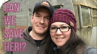 Download ABANDONED TRAILER HOUSE IN THE ALASKA WOODS! - VINTAGE TROTWOOD RESCUE Video
