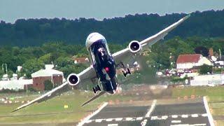 Download Boeing 787-9 Dreamliner Combat Flying at Farnborough Airshow Video
