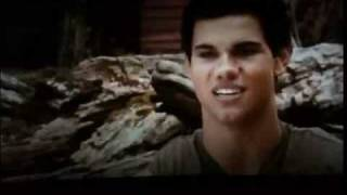 Download Taylor Lautner - Apologize Video