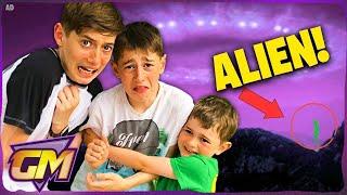 Download Kids Find A Real Alien Called Lu-La!! Video