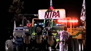 Download Tractor Pulling Accident - Walsh Bros 1998 Video