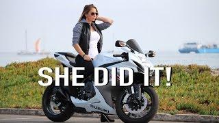 Download Girlfriend Rides My GSXR-600 Video