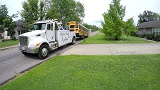 Download SCHOOL BUS TOW WITH 4024 JUNE 2017 Video