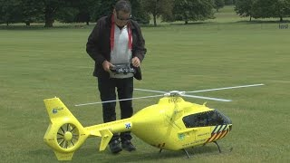 Download BIG SCALE RC Heli (small COLLISION): Weston Park International Model Show 2015 Video