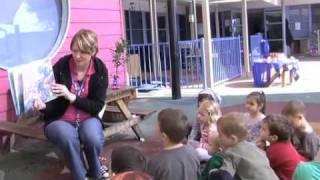 Download Preschoolers group time Video